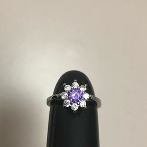 Jewelry - 💍 Flower shaped Diamond Candle ring